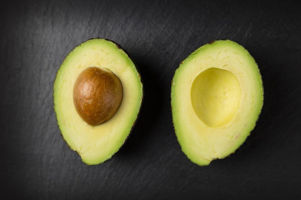 avocado for shiny hair