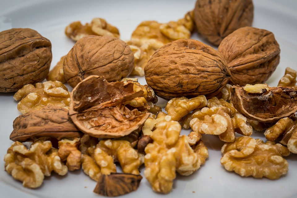 Walnuts are high in anti inflammatory omega 3 fats