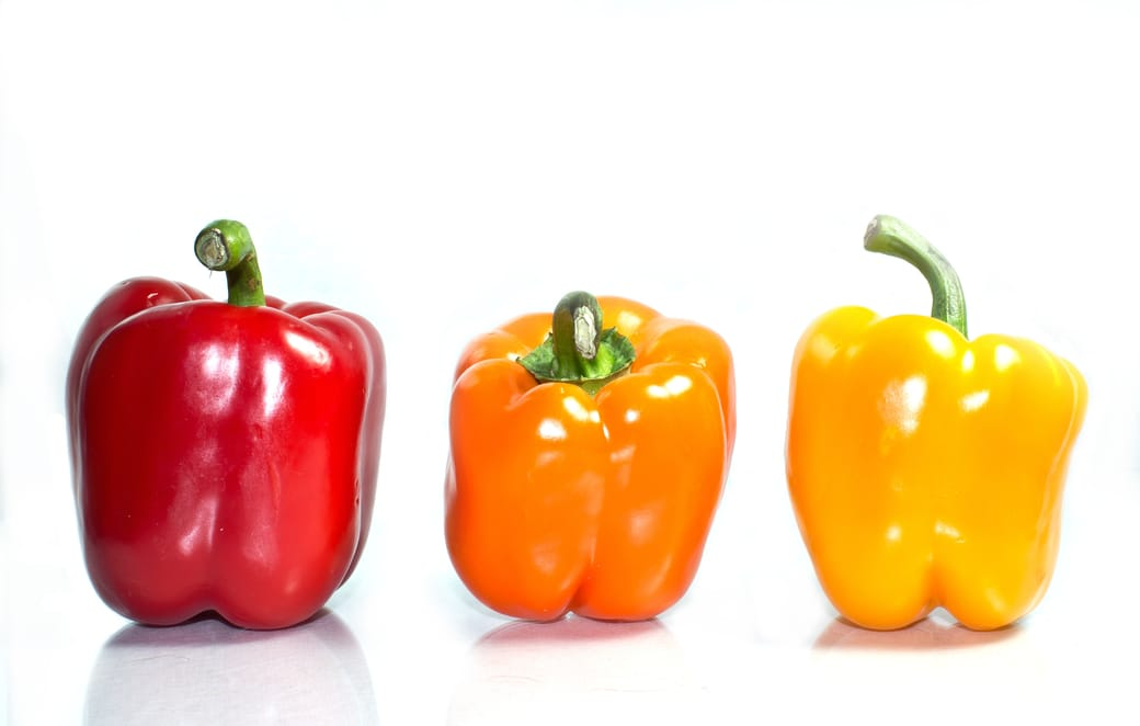 bell peppers contain large amounts of vitmain c for skin health